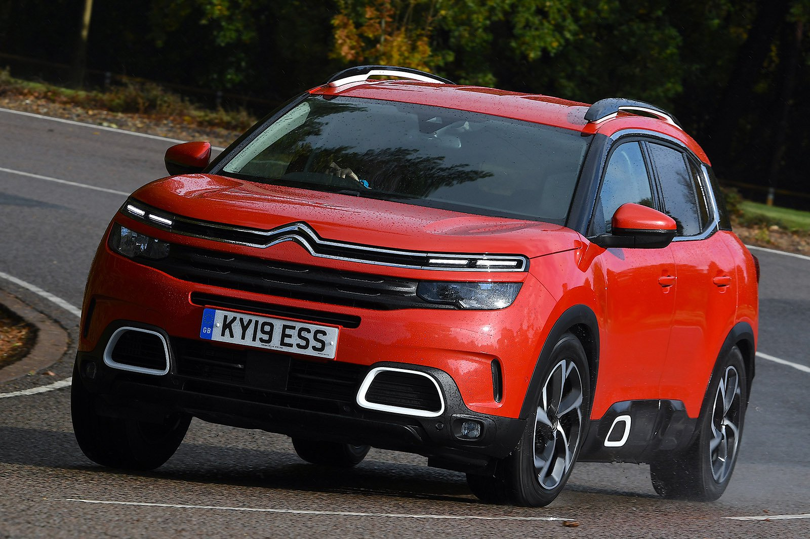 Citroen C5 Aircross 2020 front tracking