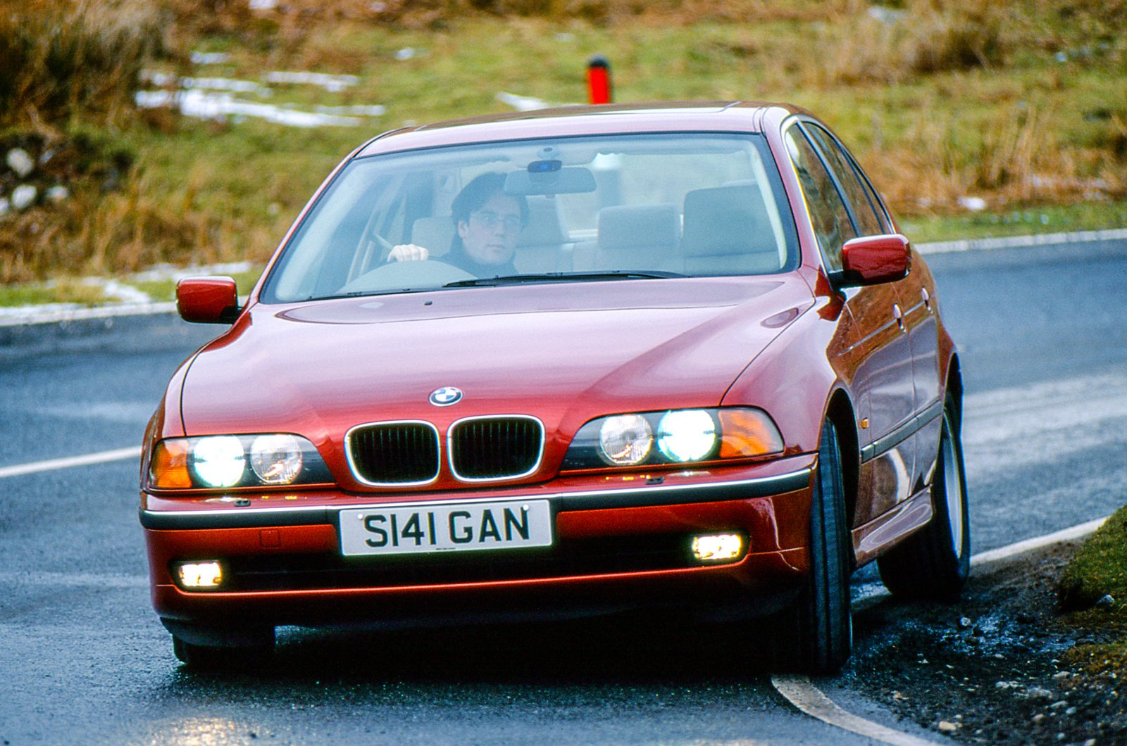 E39 BMW 5 Series nose