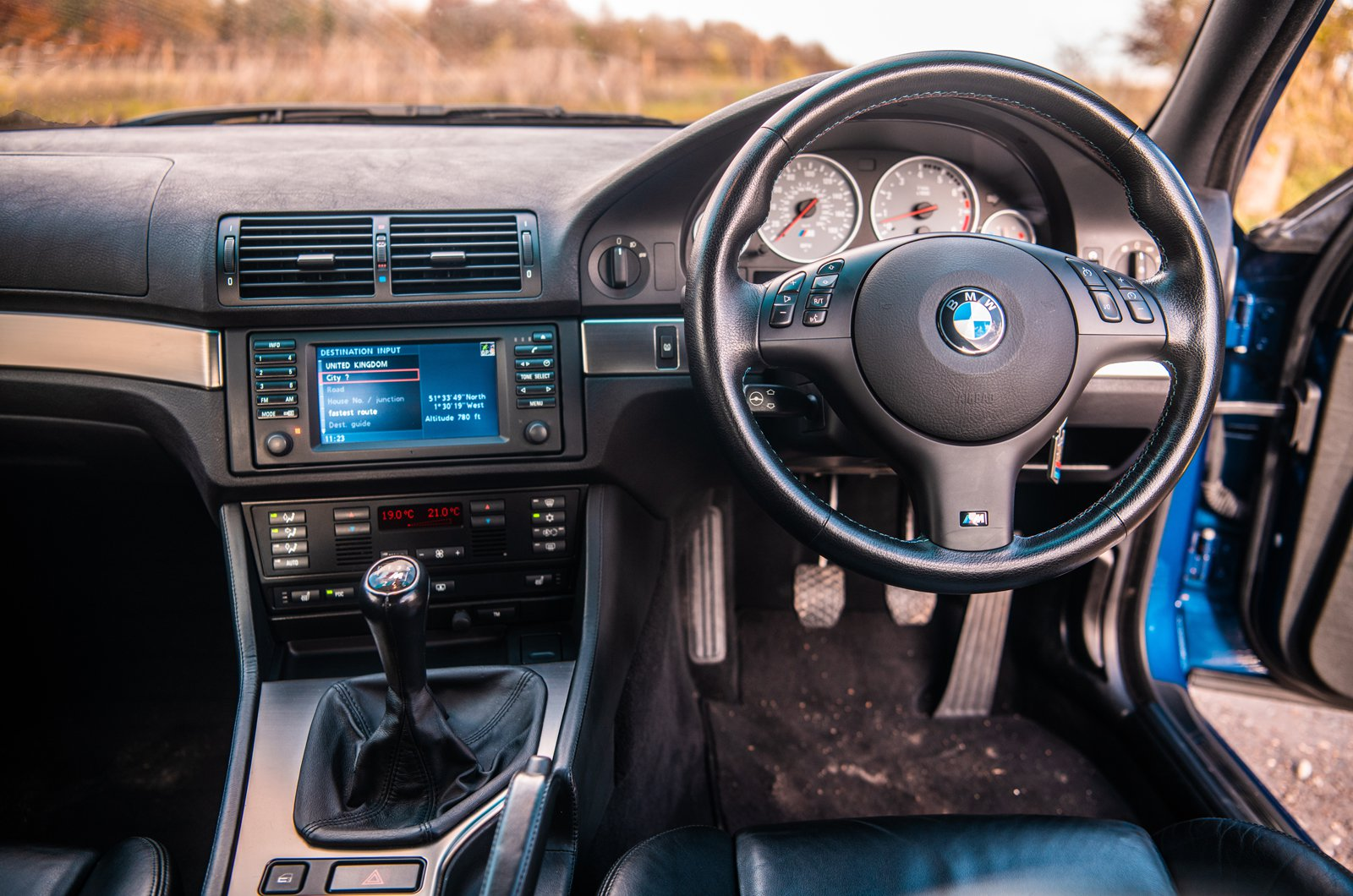 E39 BMW M5 dashboard