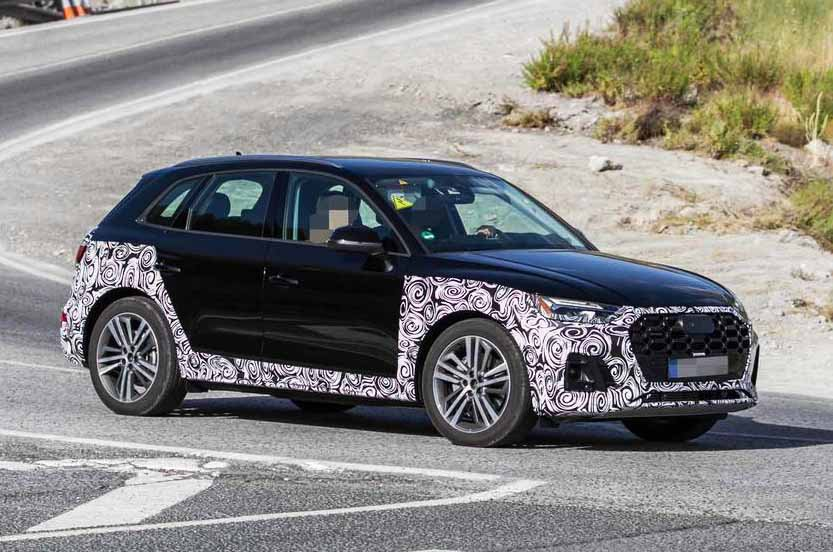 Facelifted Audi Q5 prototype