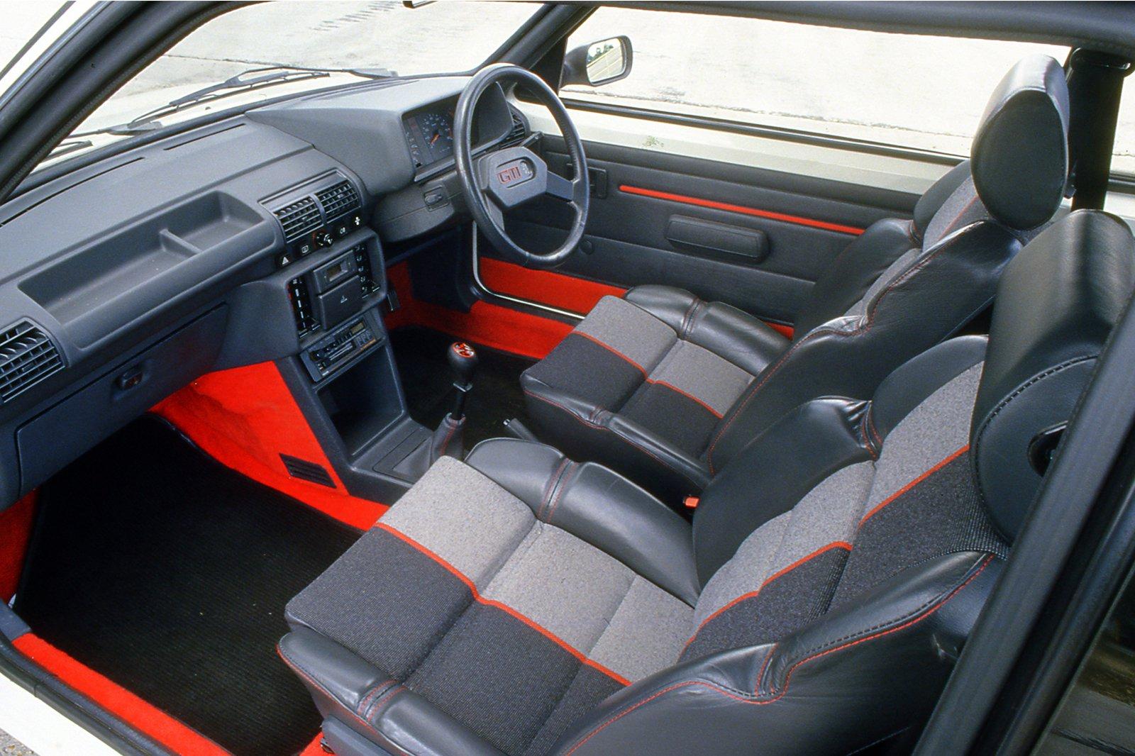 205 GTI interior