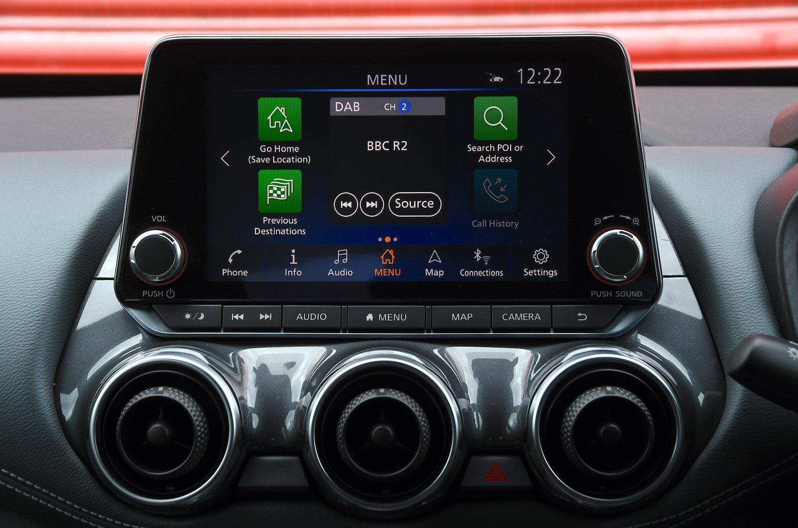 Nissan Juke infotainment touchscreen