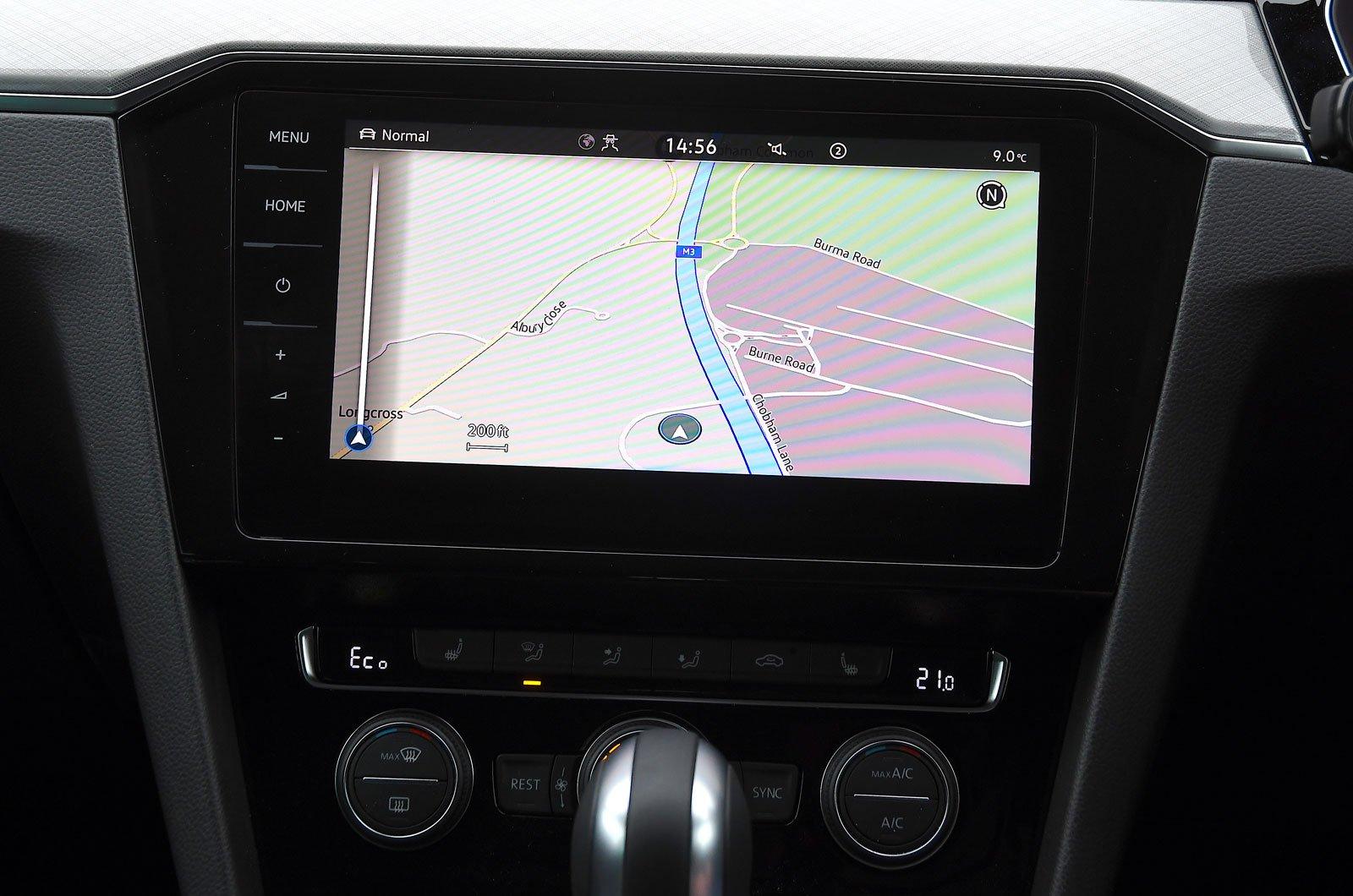 Infotainment test Volkswagen Passat