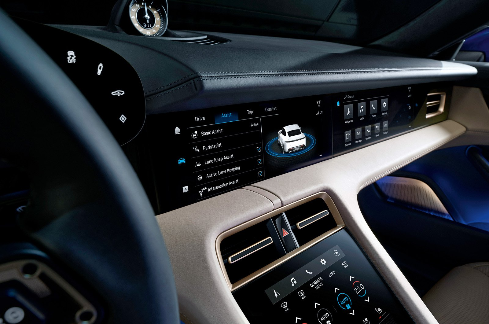 Porsche Taycan reader test team - dashboard