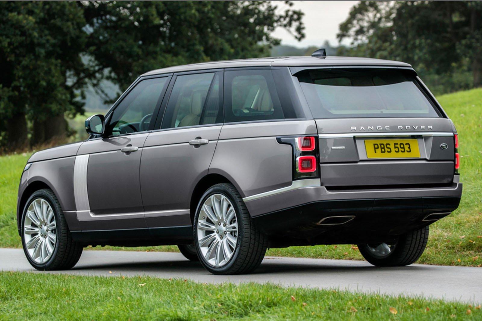 2020 Range Rover P400 rear driving shot