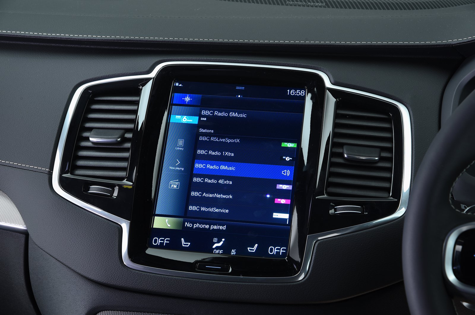 Volvo XC90 T8 infotainment system - 69-plate car