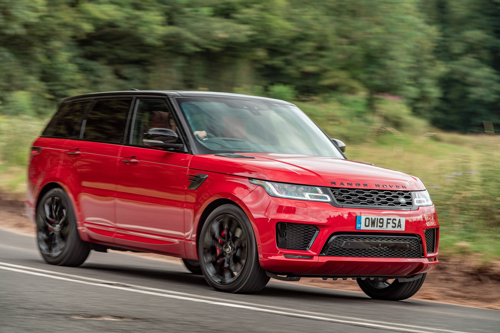 Range Rover Sport front three quarters