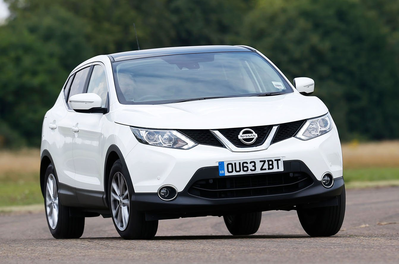 Nissan Qashqai front cornering - 63-plate car