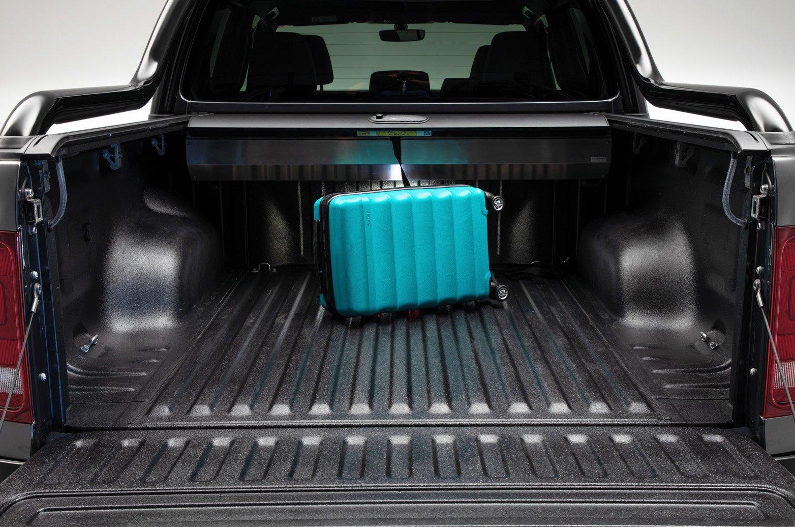 Volkswagen Amarok load bay - 69 plate