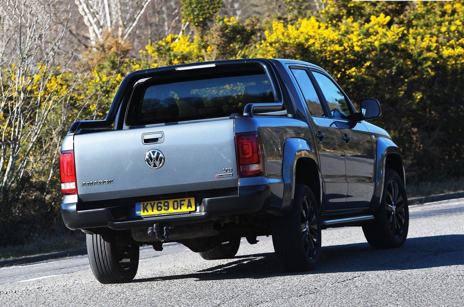 Volkswagen Amarok rear cornering - 69 plate