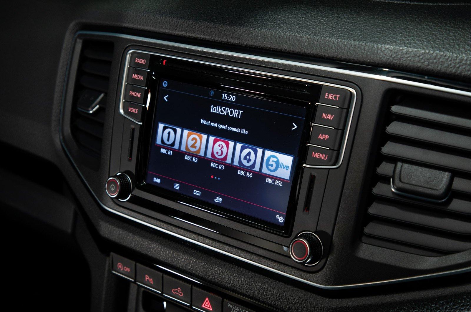 Volkswagen Amarok touchscreen - 69 plate