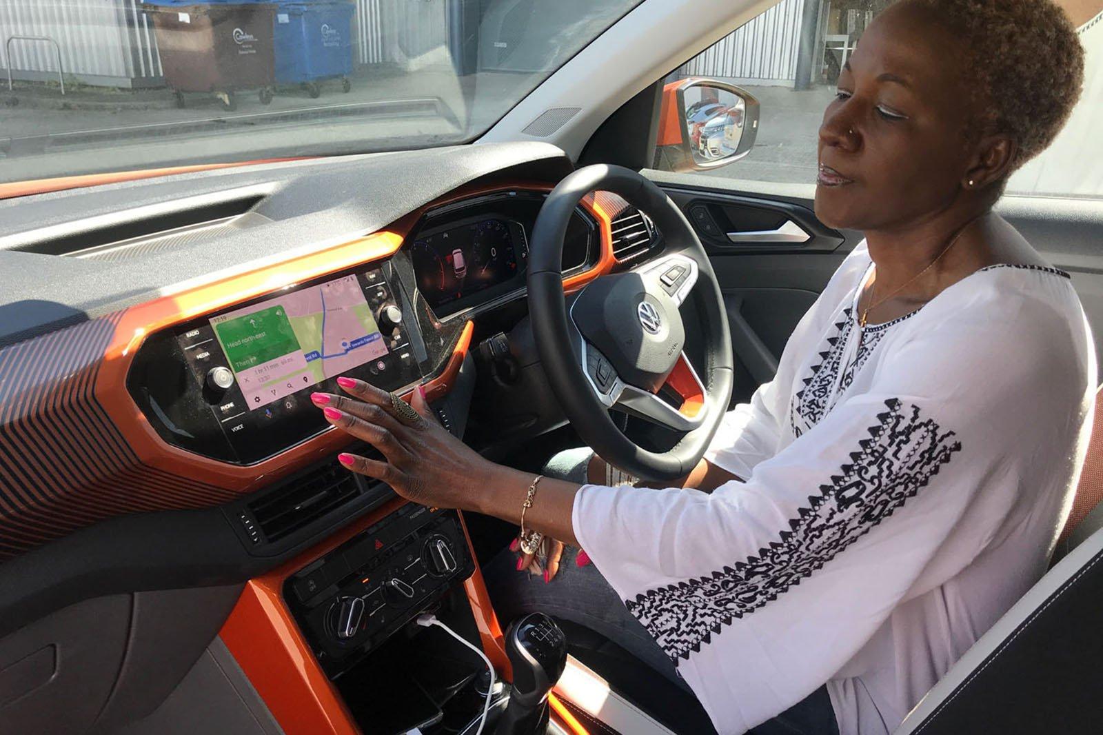 2020 Volkswagen T-Cross long termer - Millie using the infotainment
