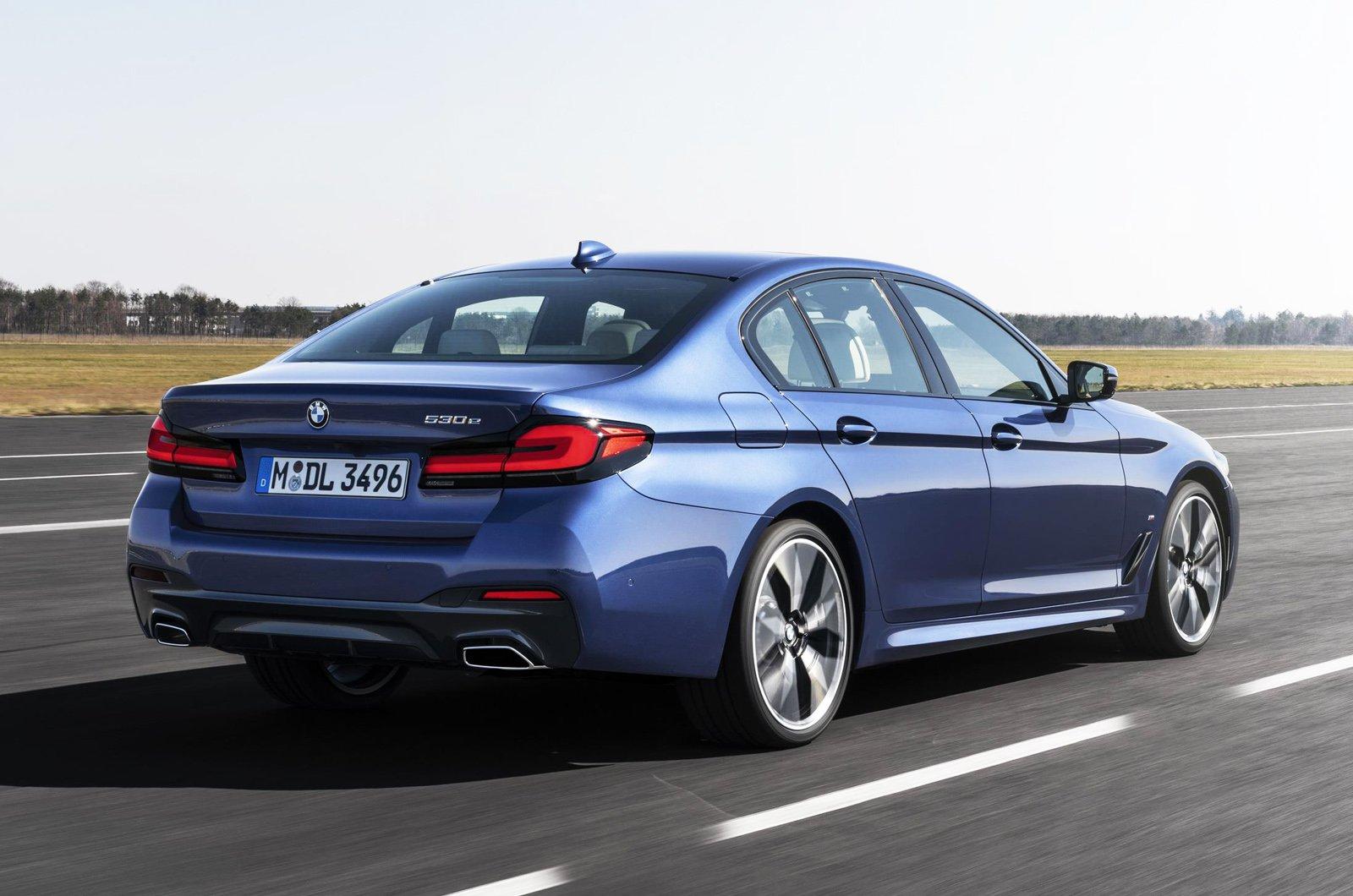 2021 BMW 5 Series saloon rear tracking - German plate