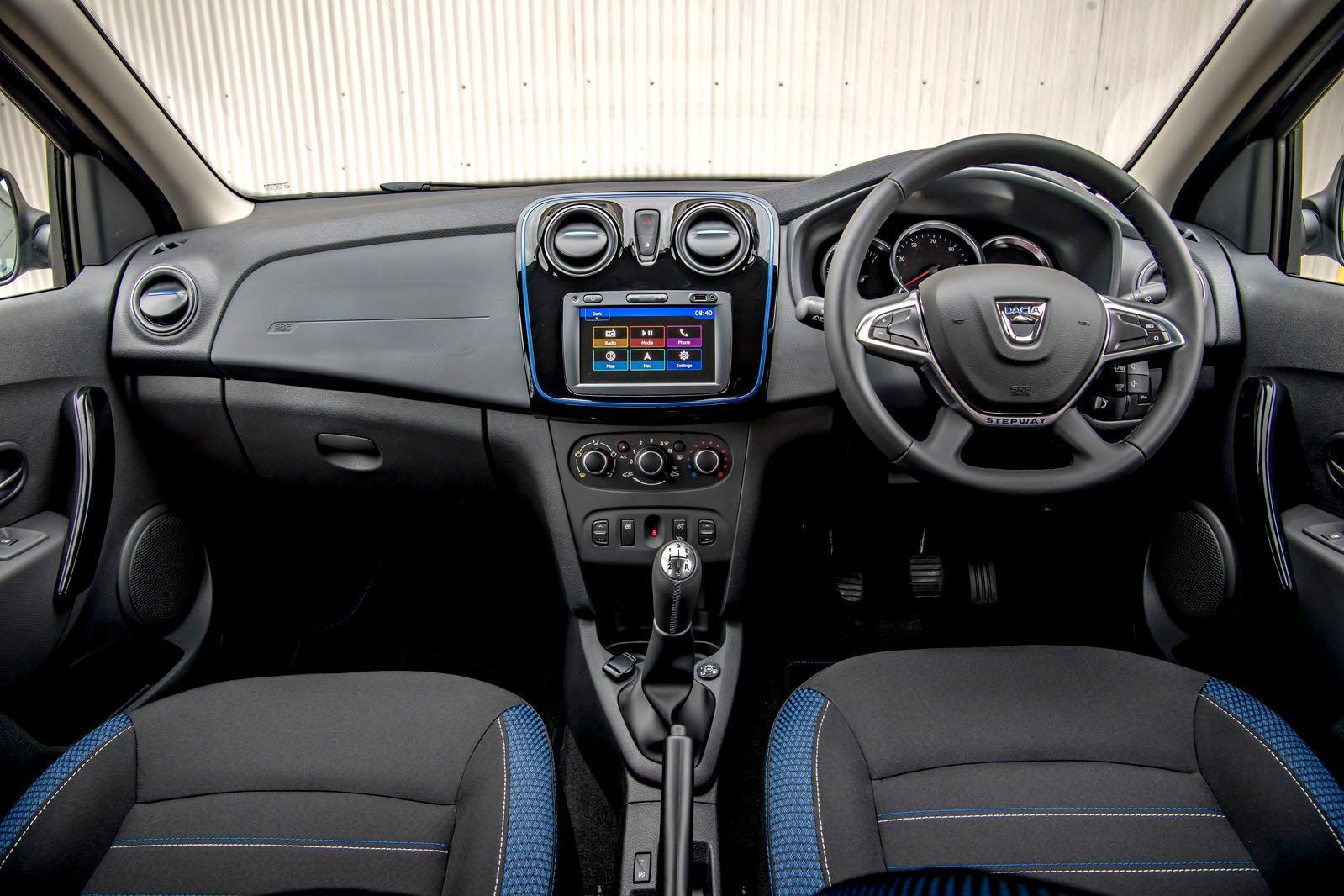 Dacia Sandero Stepway Bi-Fuel interior