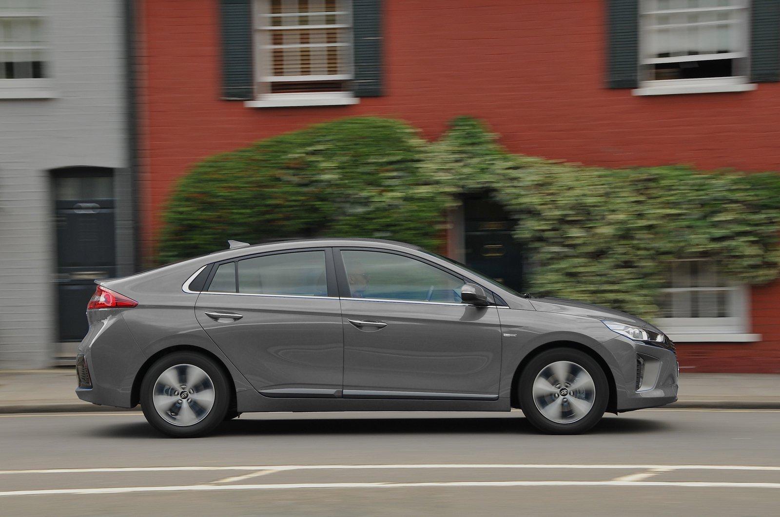 Hyundai Ioniq grey side