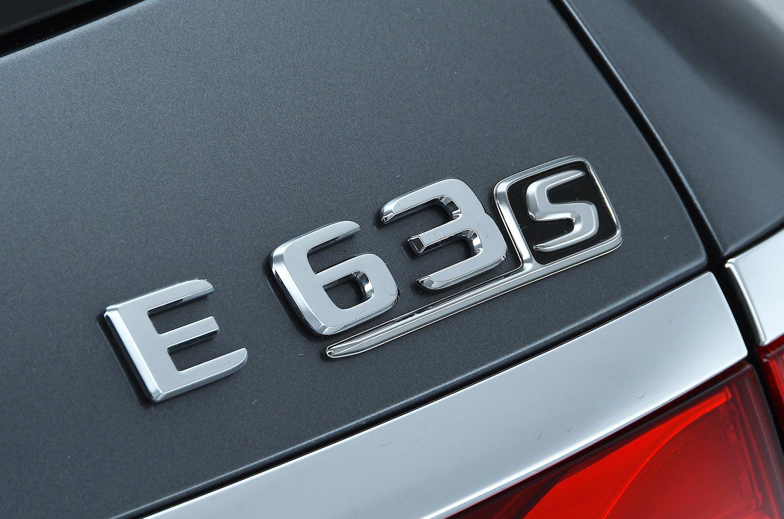 Mercedes-AMG E63 S Estate boot badge