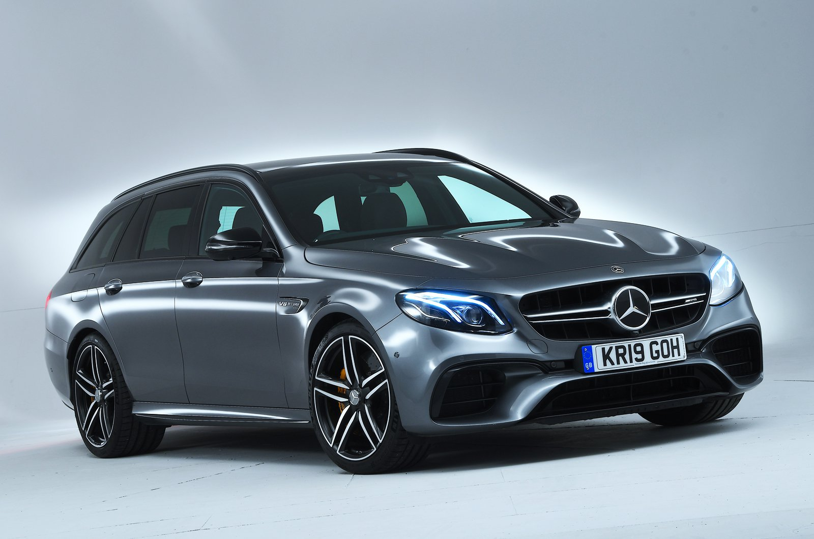 Mercedes-AMG E63 S Estate front studio