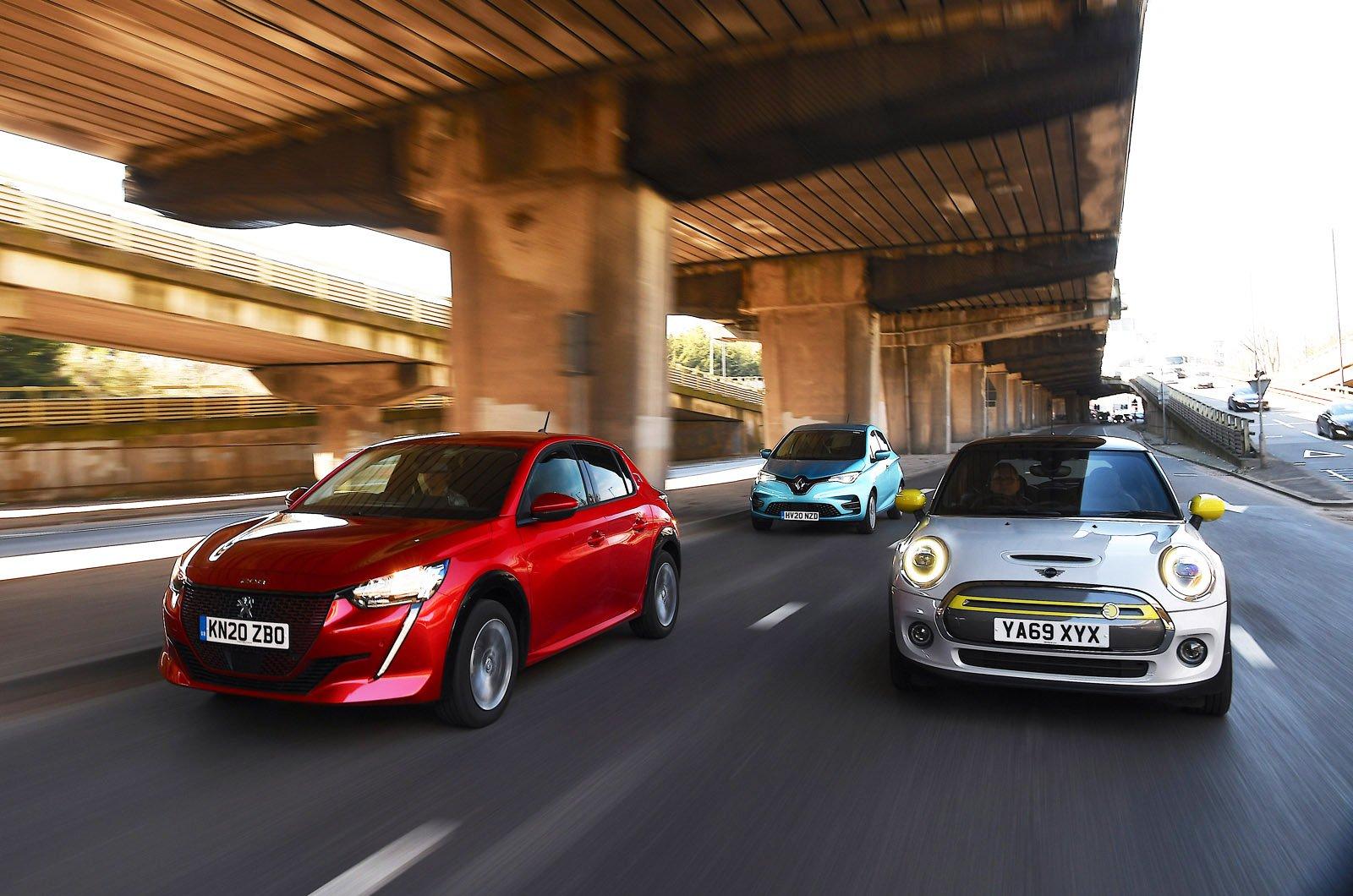 Mini Electric vs Peugeot e-208 vs Renault Zoe front action