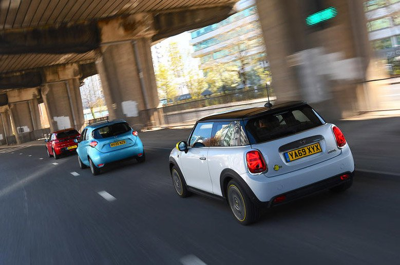 Mini Electric vs Peugeot e-208 vs Renault Zoe rear action