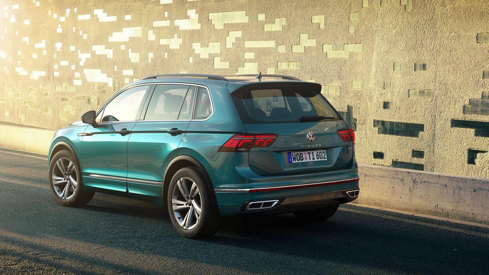 2021 Volkswagen Tiguan rear