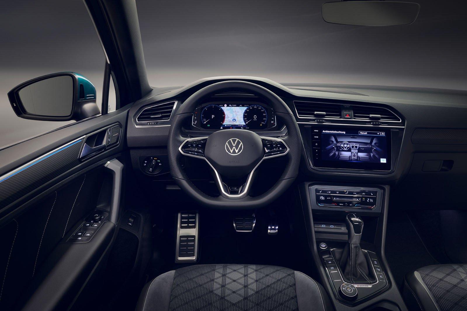 2021 Volkswagen Tiguan interior