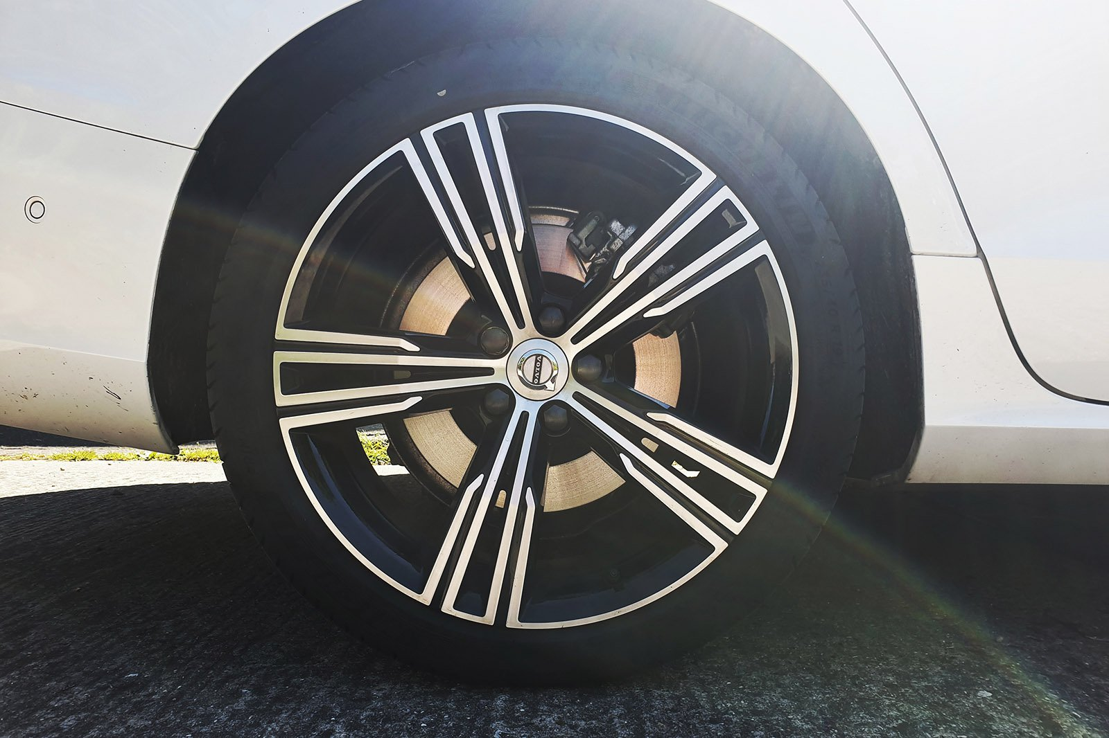 Volvo S60 T5 2020 wheel detail