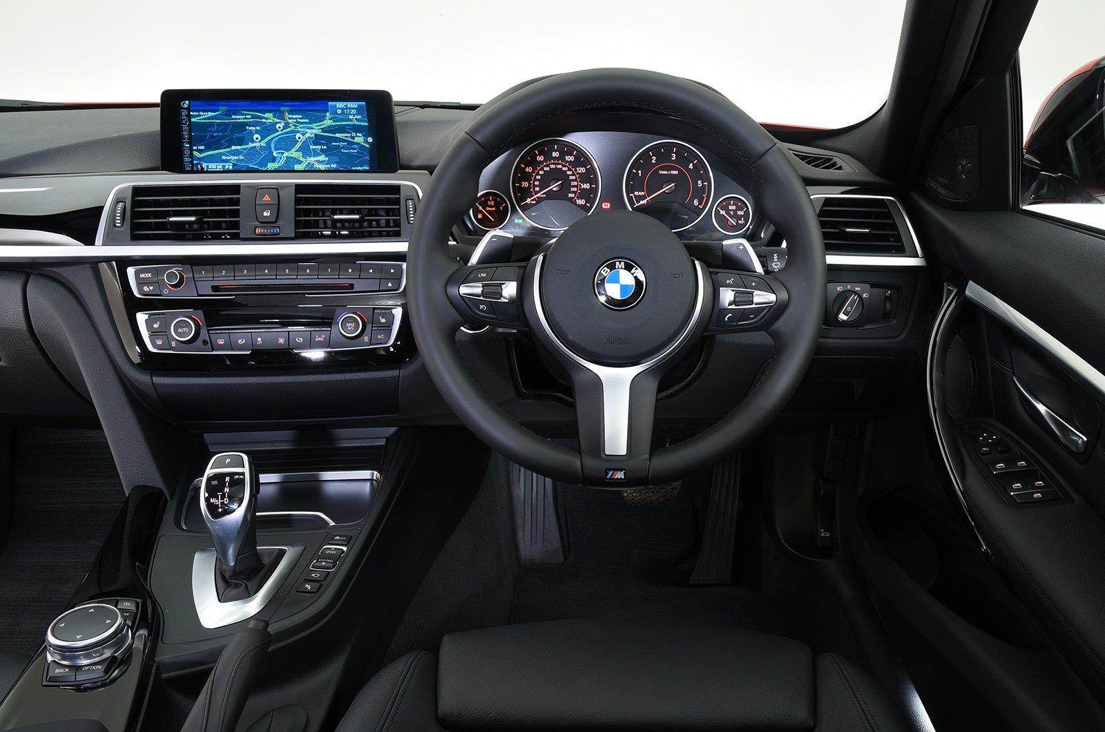 BMW 3 Series 12-19 interior