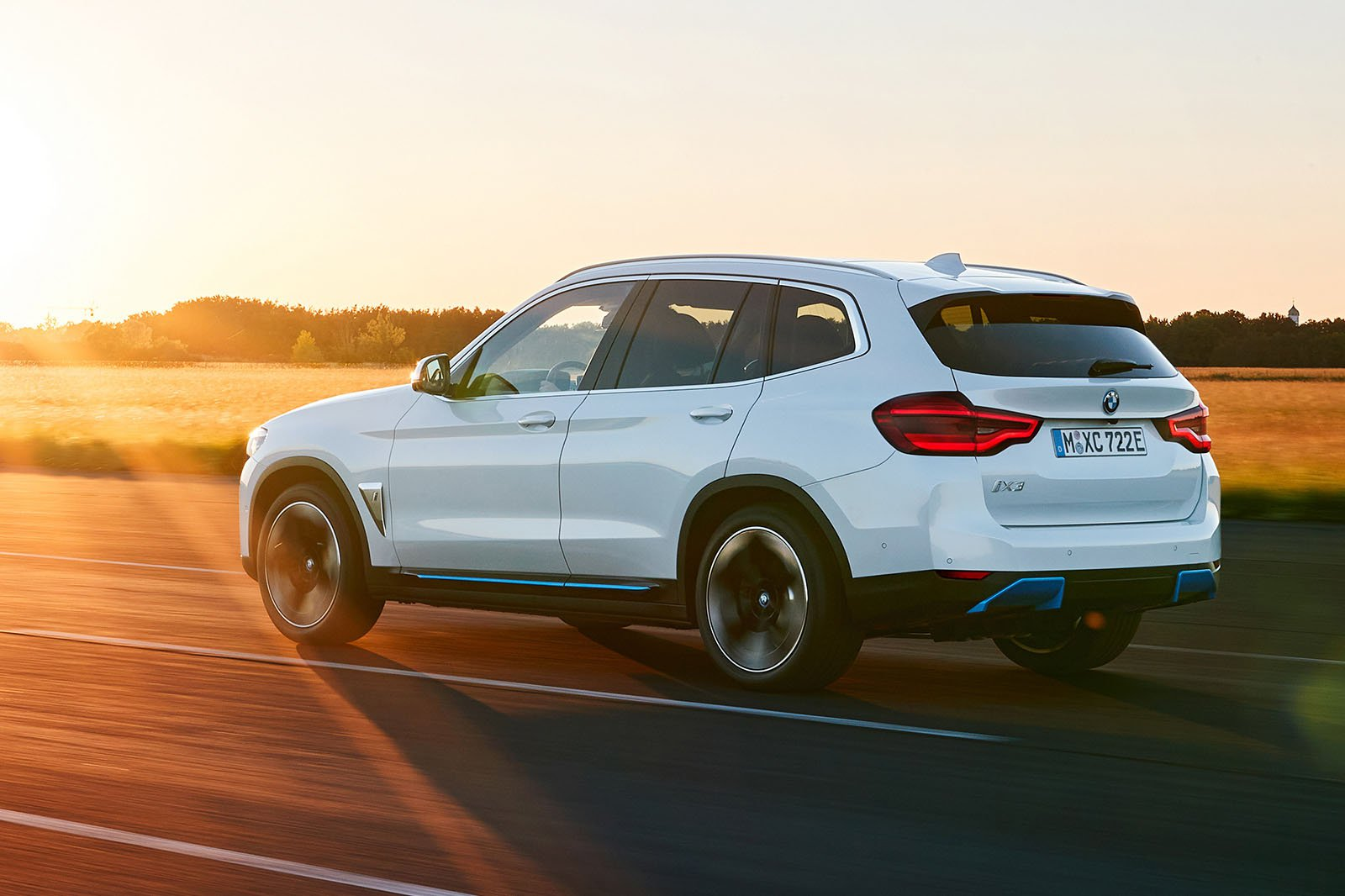 2021 BMW iX3 electric SUV revealed: price, specs and ...