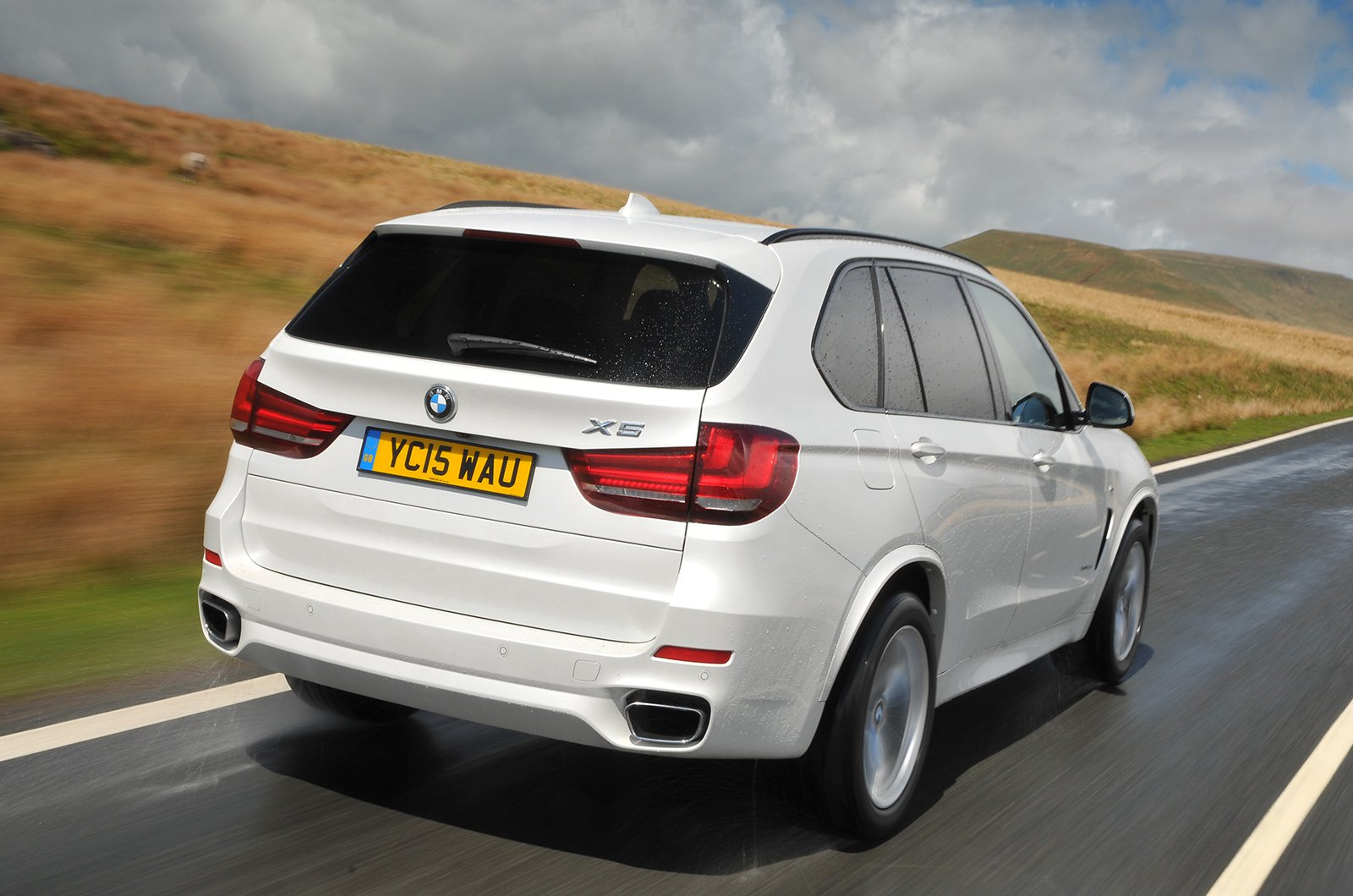Used BMW X5 rear corner