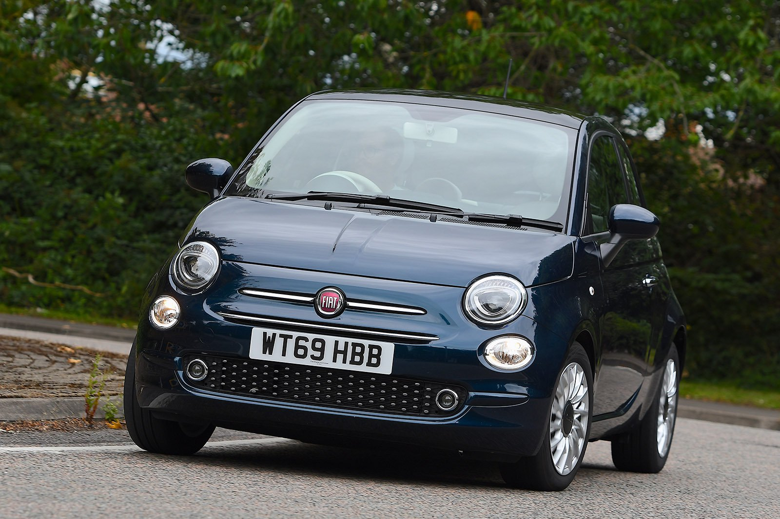 Fiat 500 2020 front tracking
