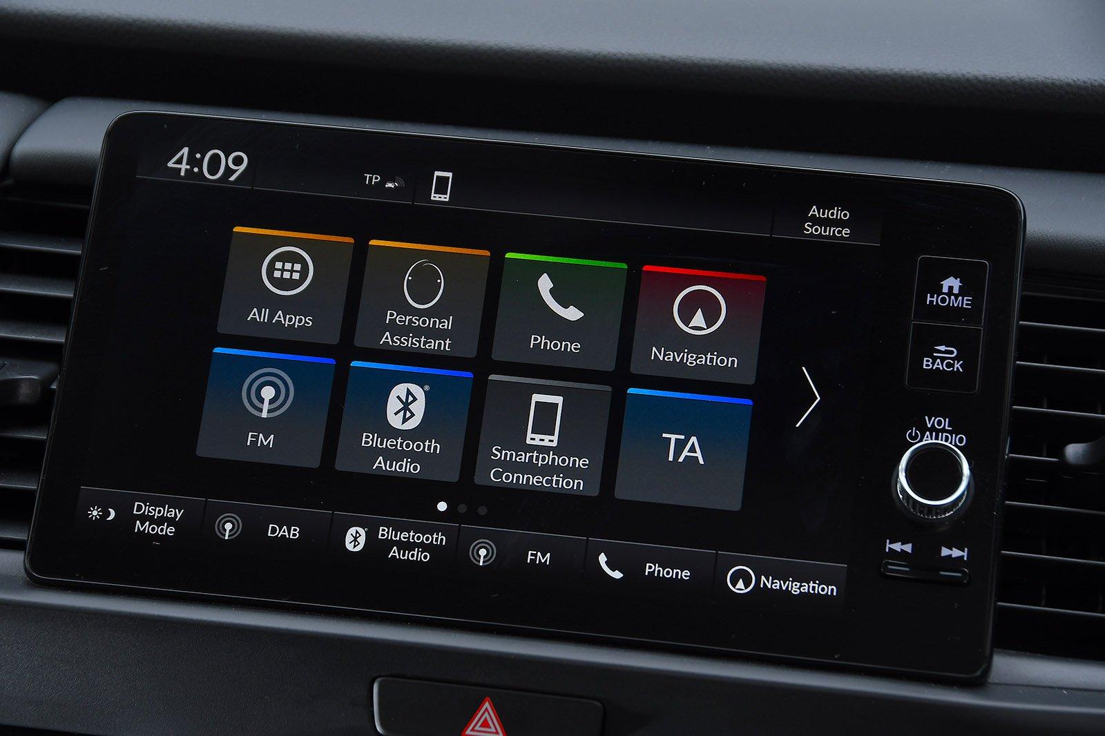 Honda Jazz 2020 RHD infotainment