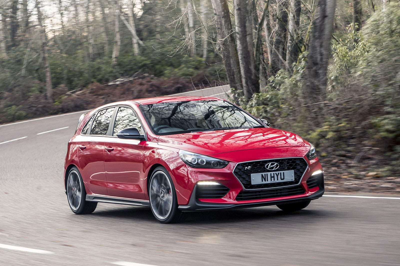 Hyundai i30N 2020 wide front cornering