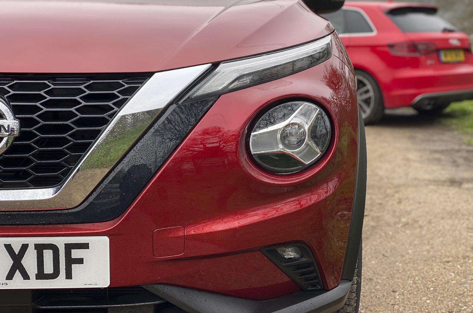 Nissan Juke Long-term lights close up