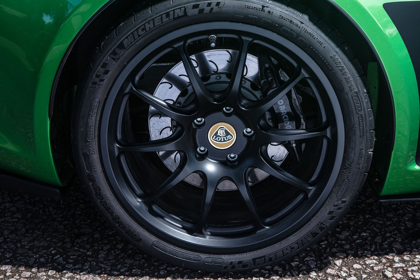 Lotus Exige 2020 RHD wheel detail
