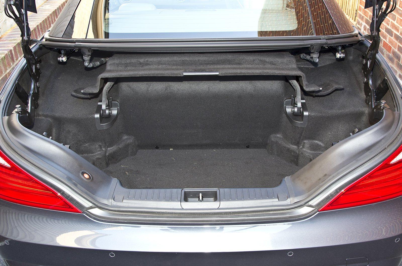 Mercedes SL boot
