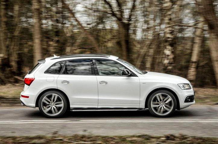 2016 Audi SQ5 side