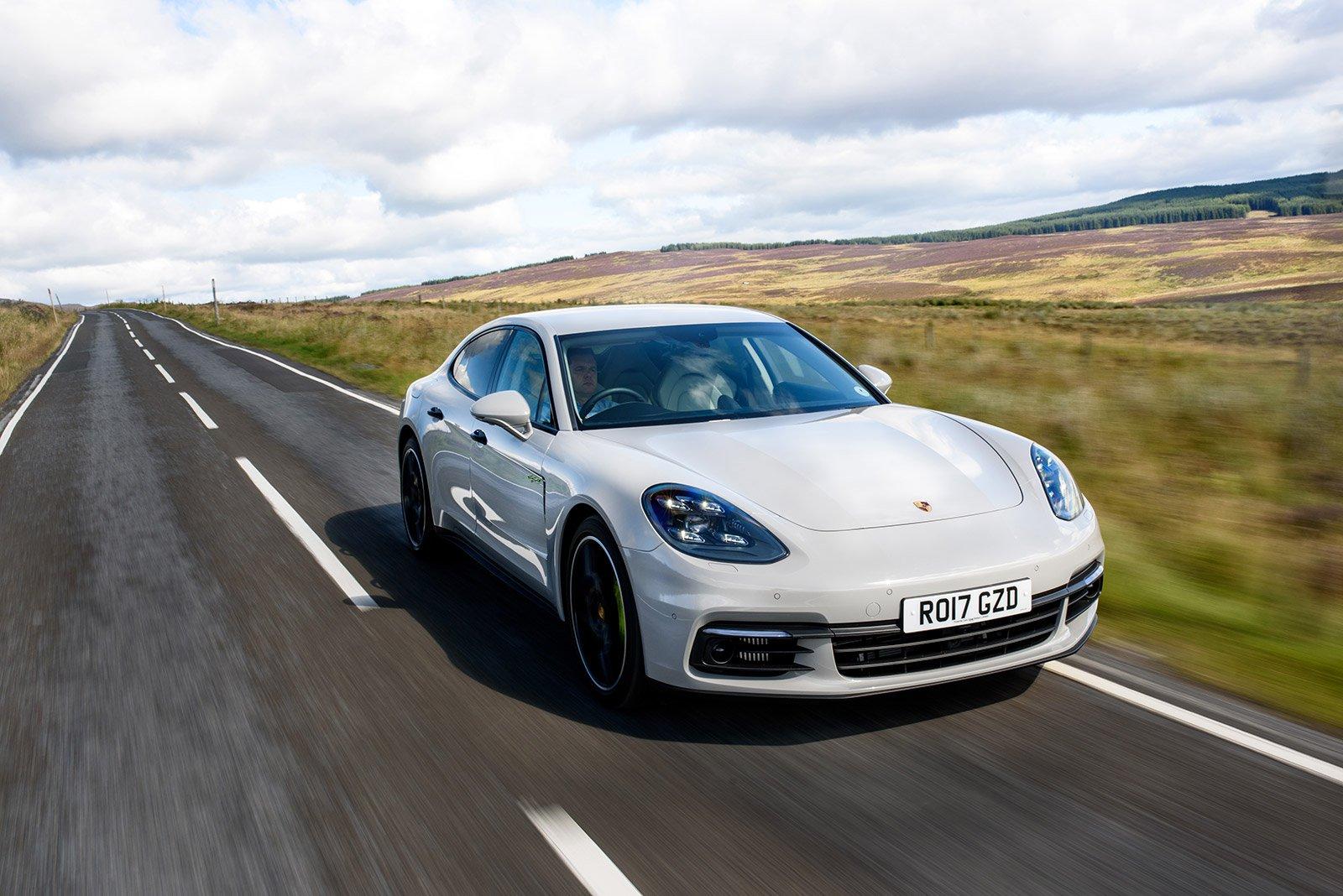 PERFORMANCE CAR: Porsche Panamera 4 E-Hybrid