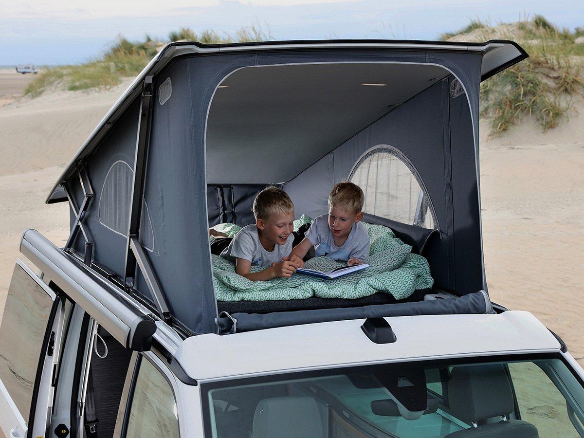 Volkswagen California loft-bed