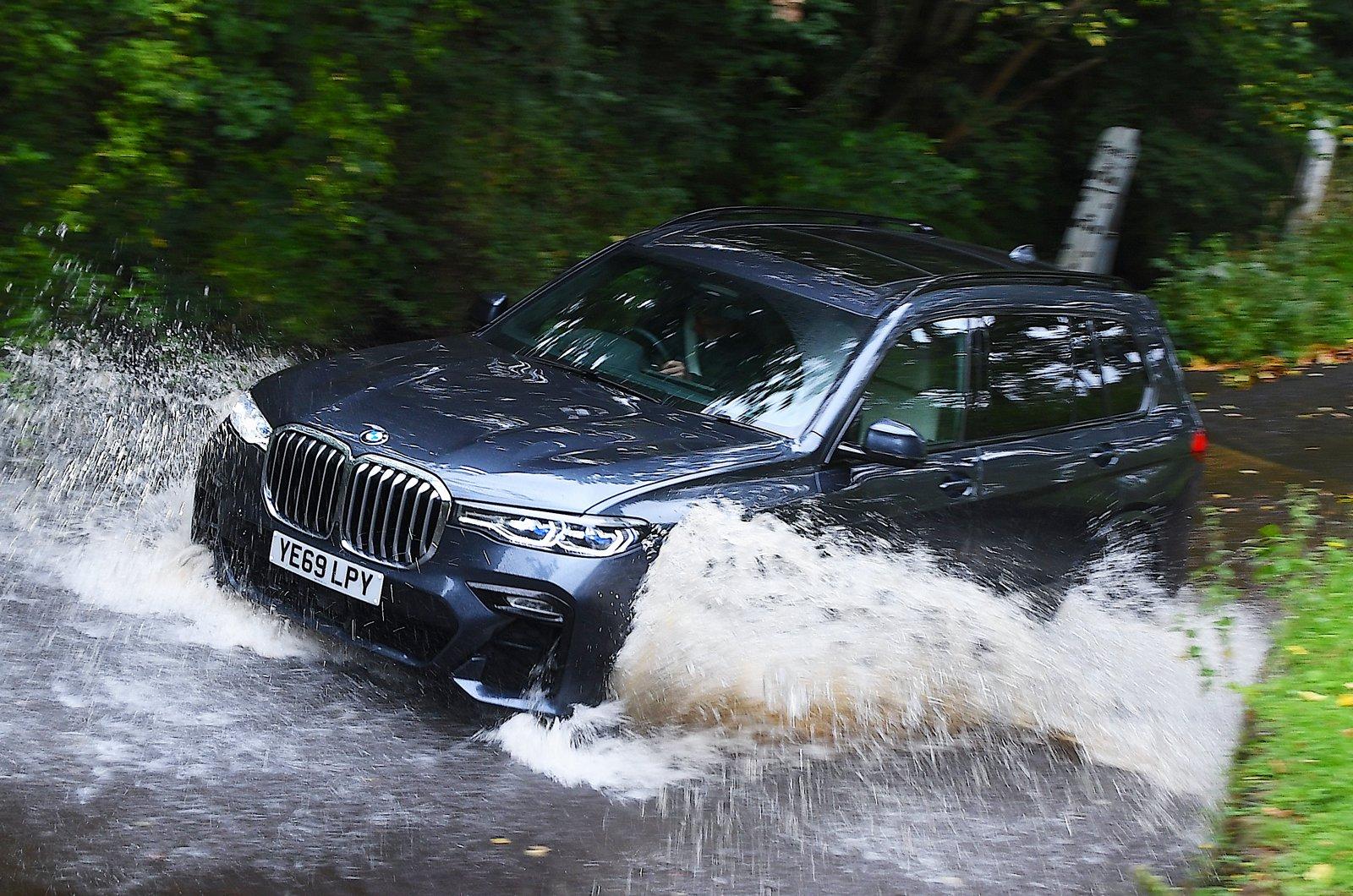 LT BMW X7 front - wading through water