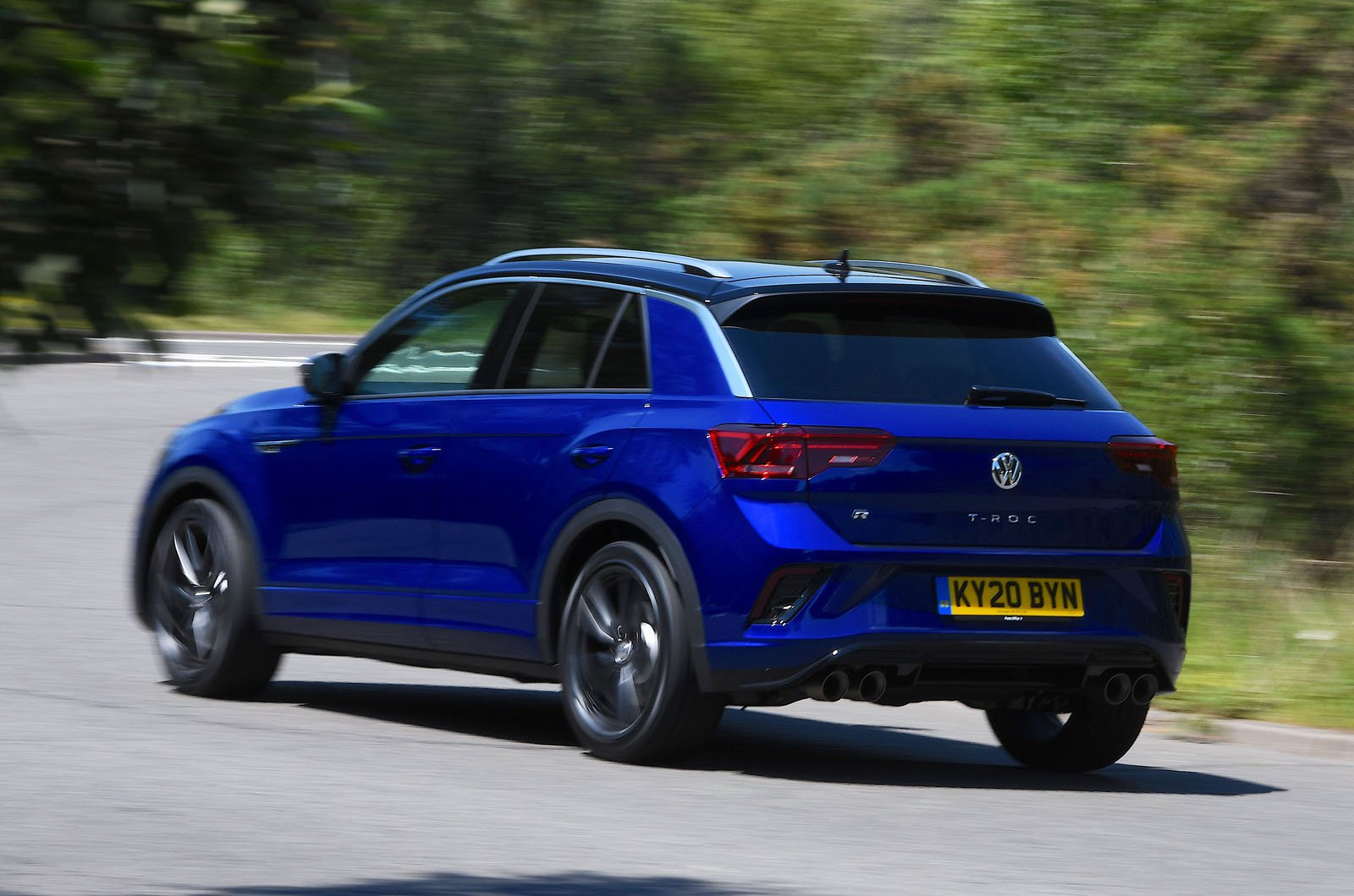 LT Volkswagen T-Roc R rear