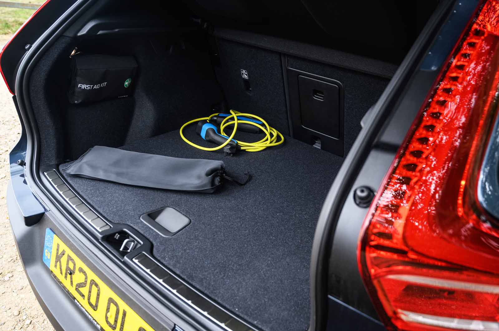LT Volvo XC40 Recharge T5 boot with charging cable