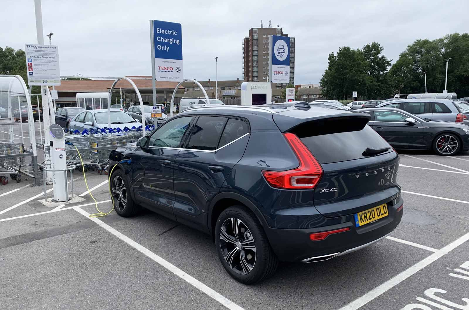 LT Volvo XC40 Recharge T5 charging at Tesco