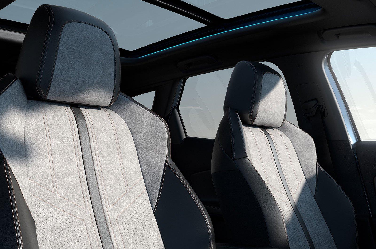 2021 Peugeot 3008 rear seats