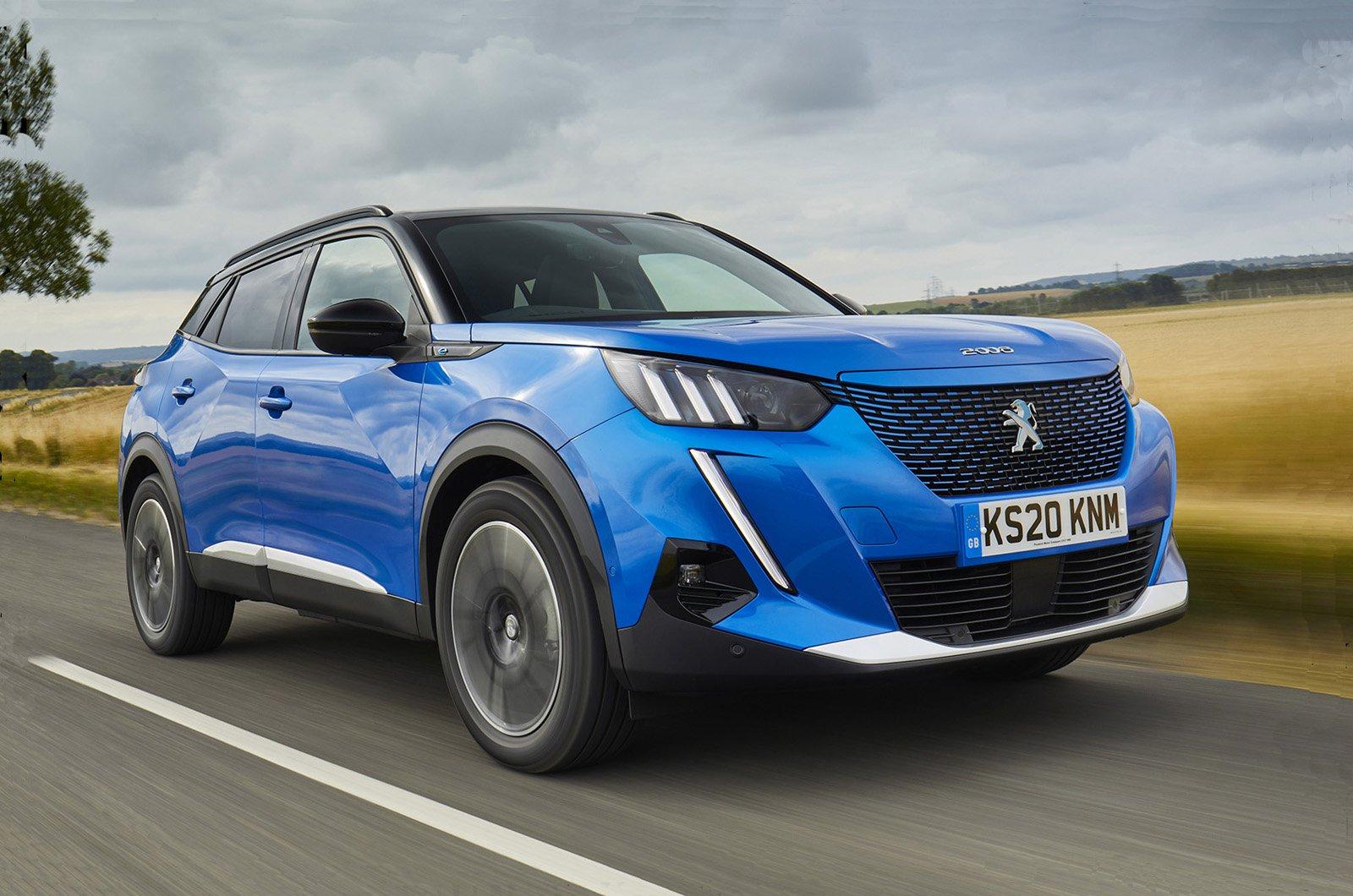 Peugeot e-2008 front 2021
