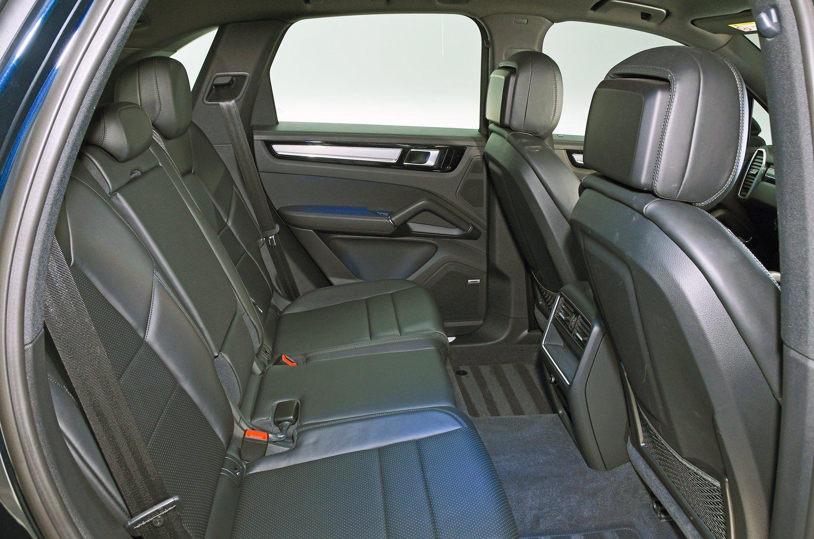 Porsche Cayenne E-Hybrid rear seats
