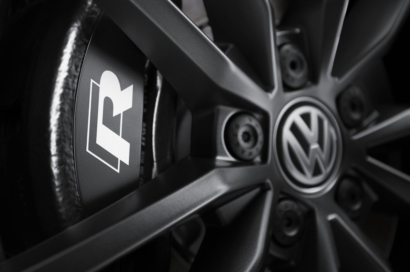 Volkswagen T-Roc R brake calliper
