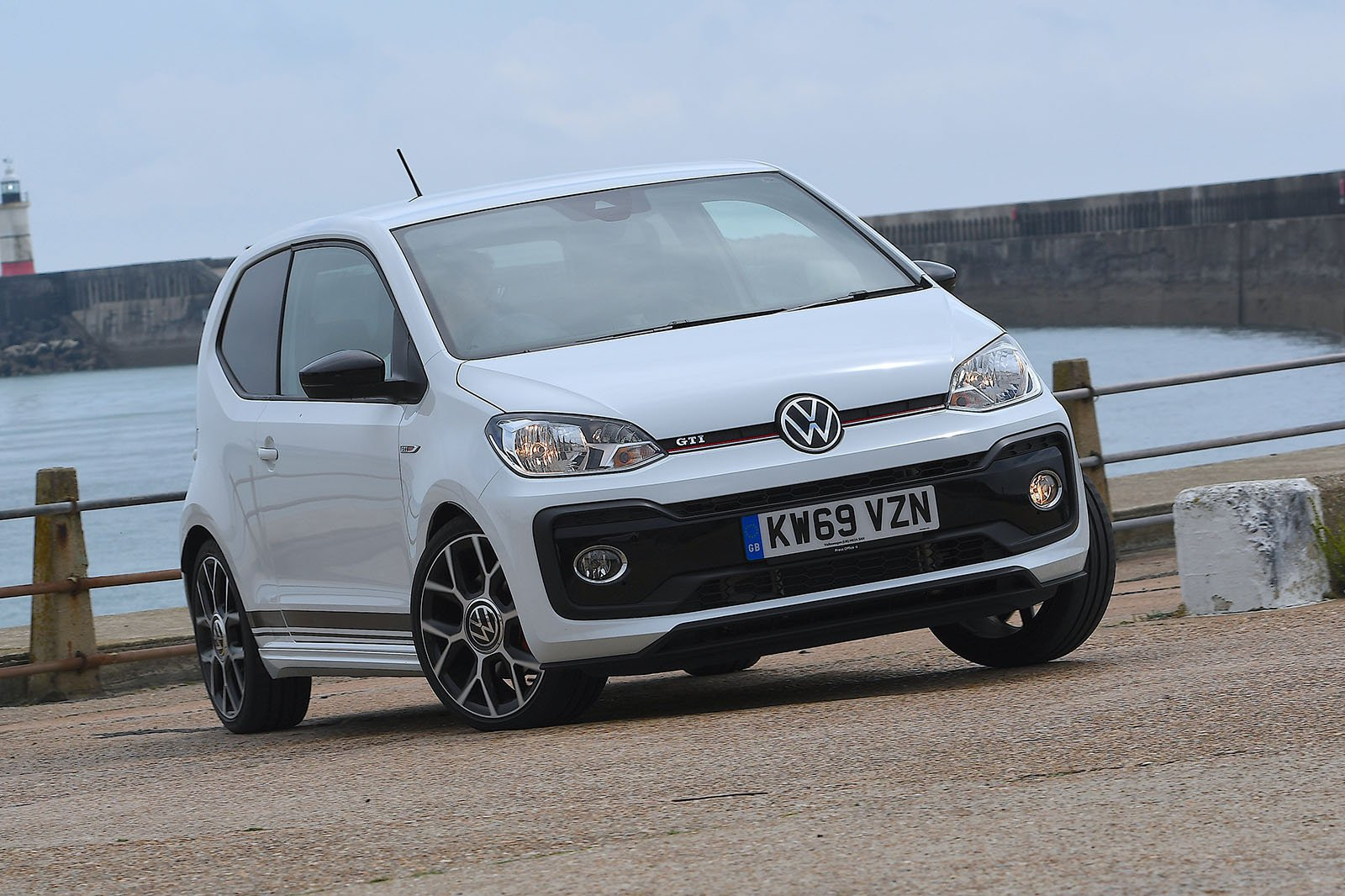 Volkswagen Up GTI 2020 front cornering