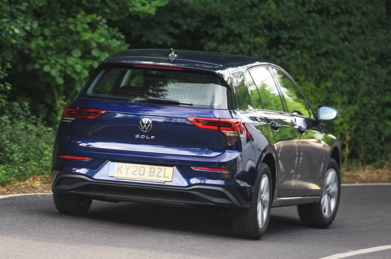 2020 Volkswagen Golf rear action