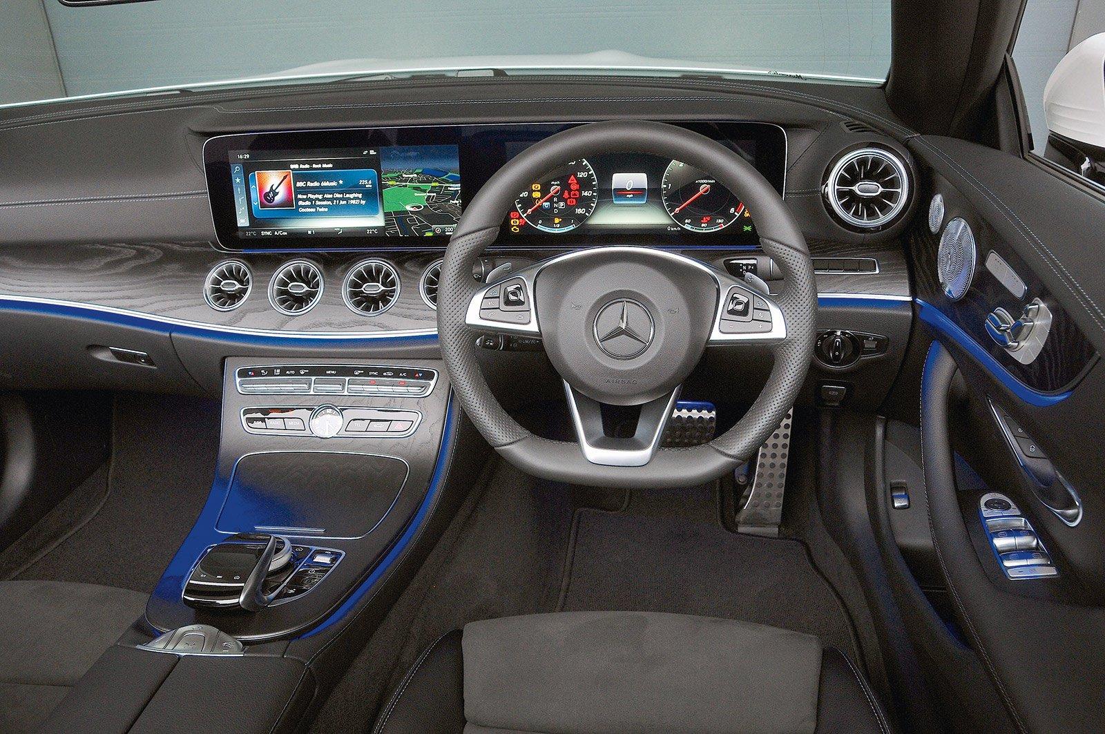 Mercedes-Benz E-Class Cabriolet dashboard