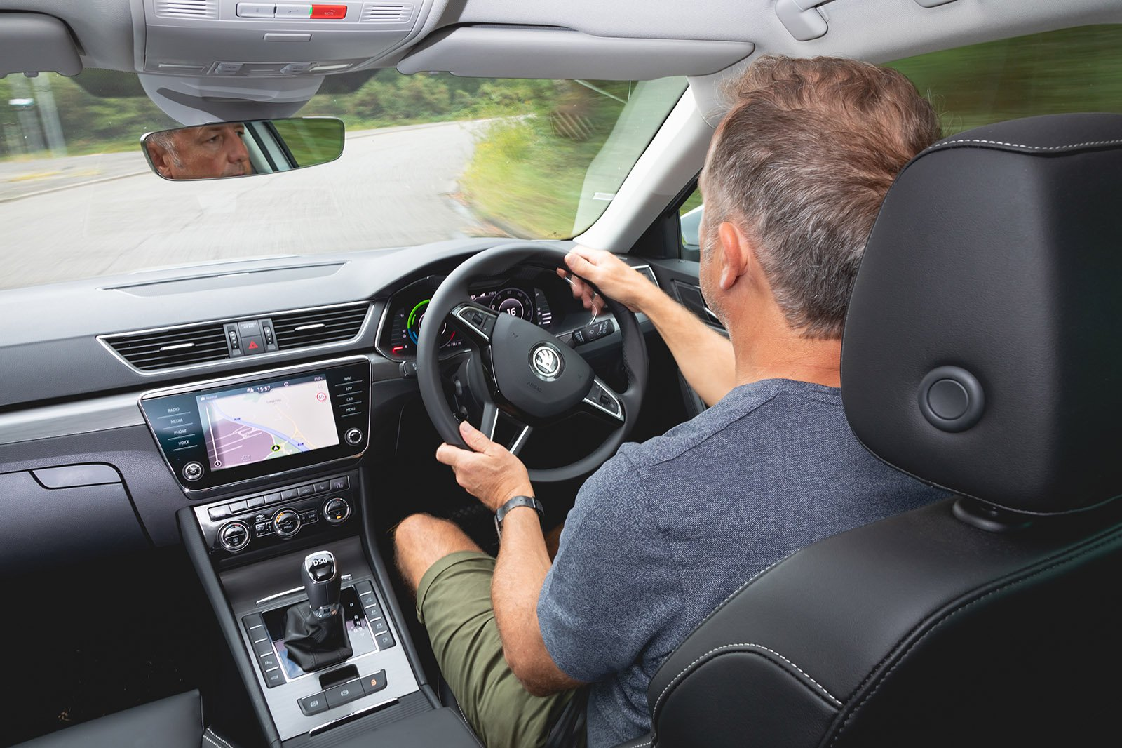 Skoda Superb Estate 2020 long term behind the wheel